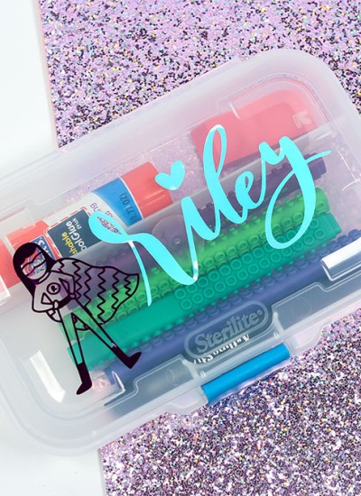 Learn how to create custom schools supplies with your Cricut machine.