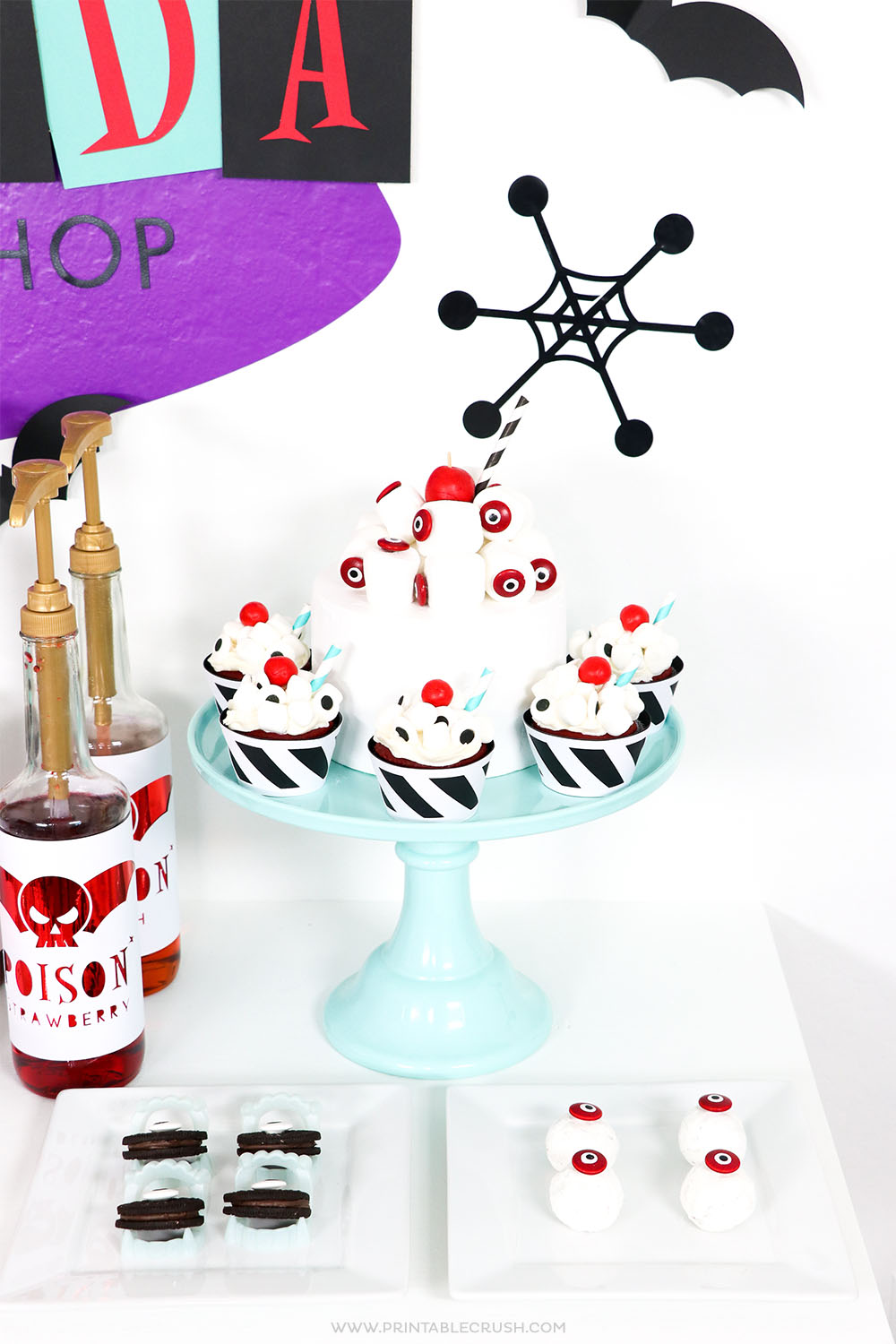 See these Halloween Treats, Drinks, and cupcakes for an EASY Halloween party setup!