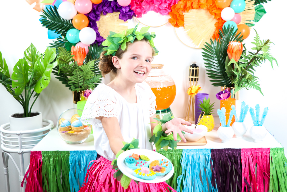 This is such a fun activity for a luau party!