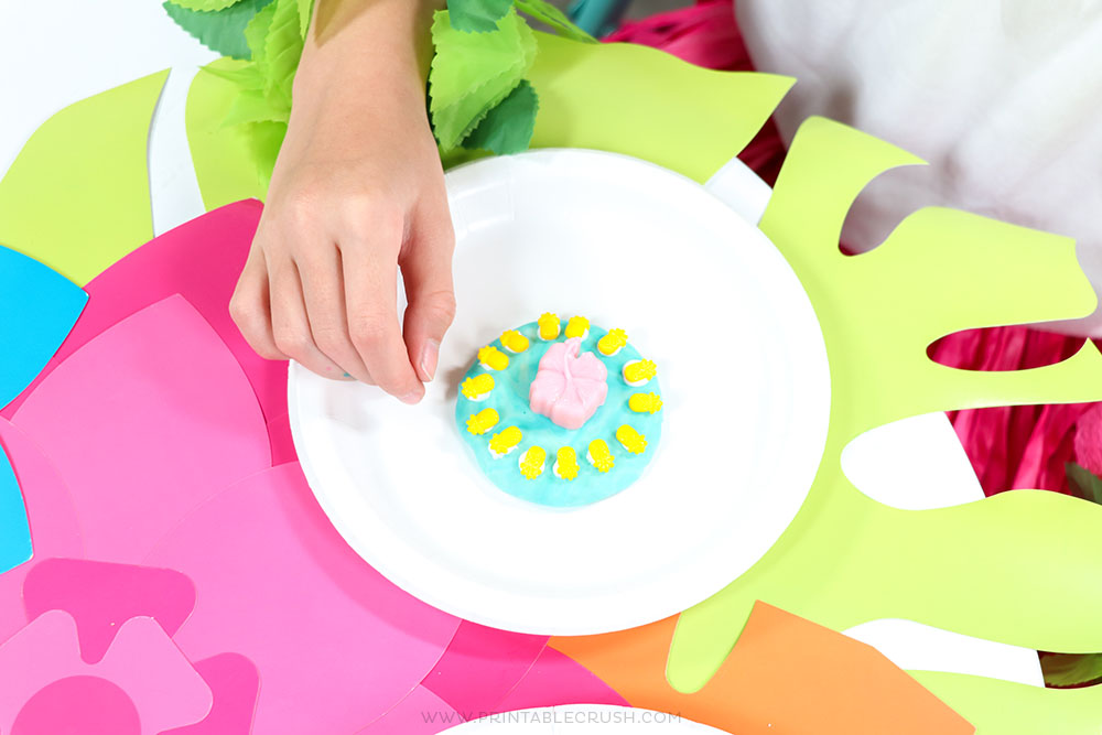 This Luau Cookie Decorating Station is such a fun idea!