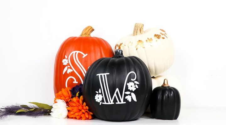 How to make a Vinyl Monogram Pumpkin Decal