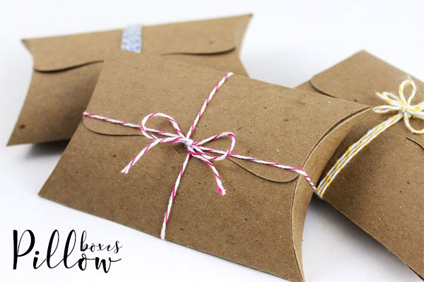 using pillow boxes to pack your gifts
