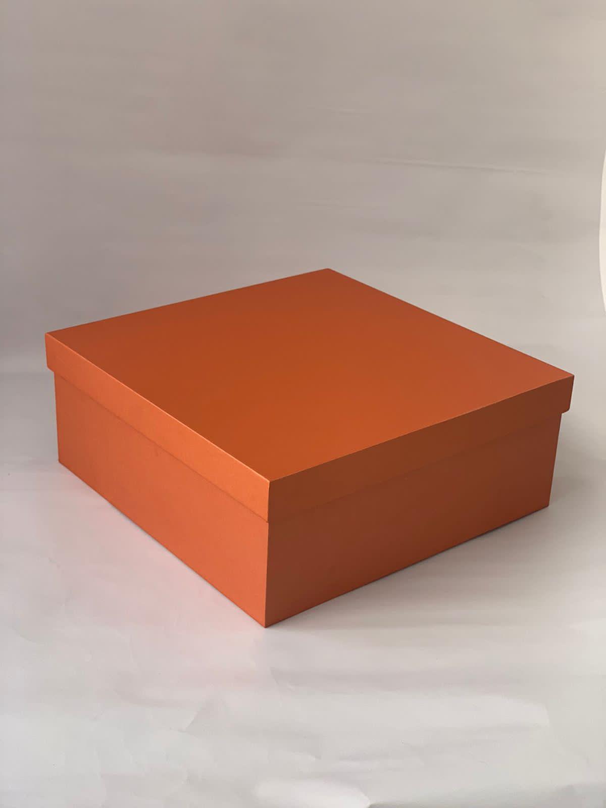 SHOE BOX – 10 x 10 x 4 inches