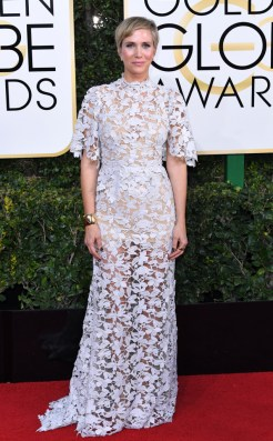 golden-globe-awards-kristen-wiig-globes-jl-010917