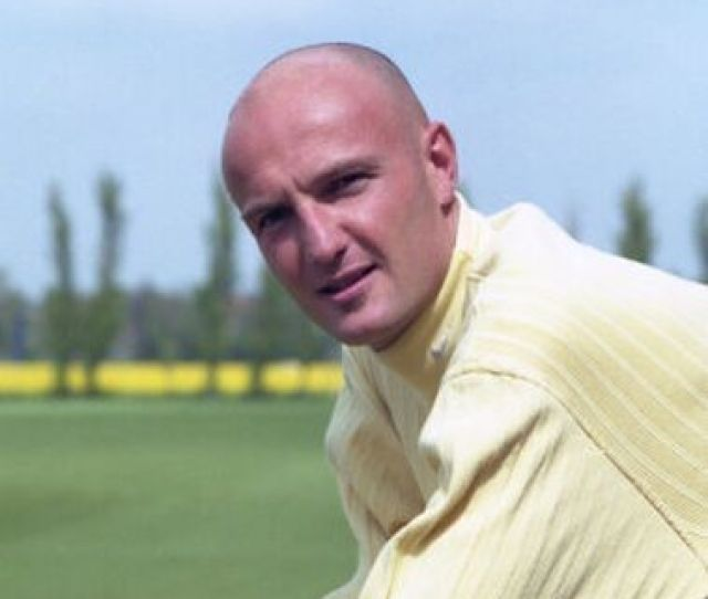 Chelseas Frank Leboeuf Photo By Dave Shopland Chelsea Fc Press Association Image