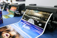No growth in the large format printer market segment