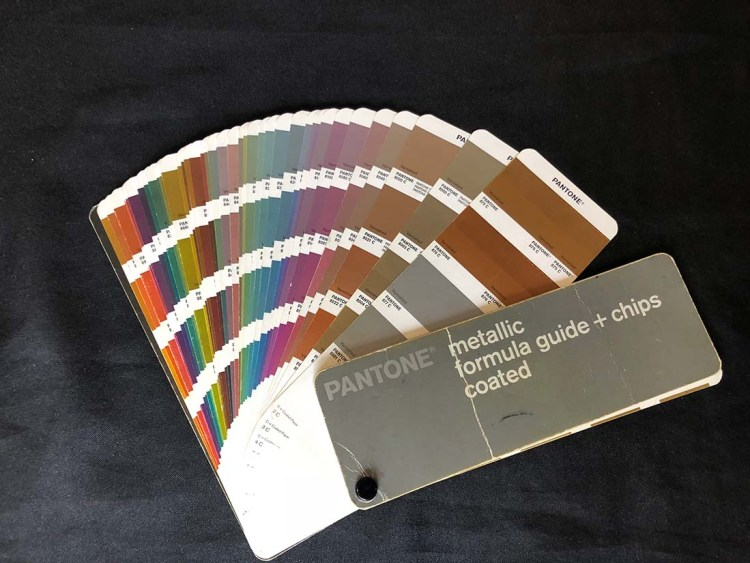 Metallic Pantone Guide | Print Worx