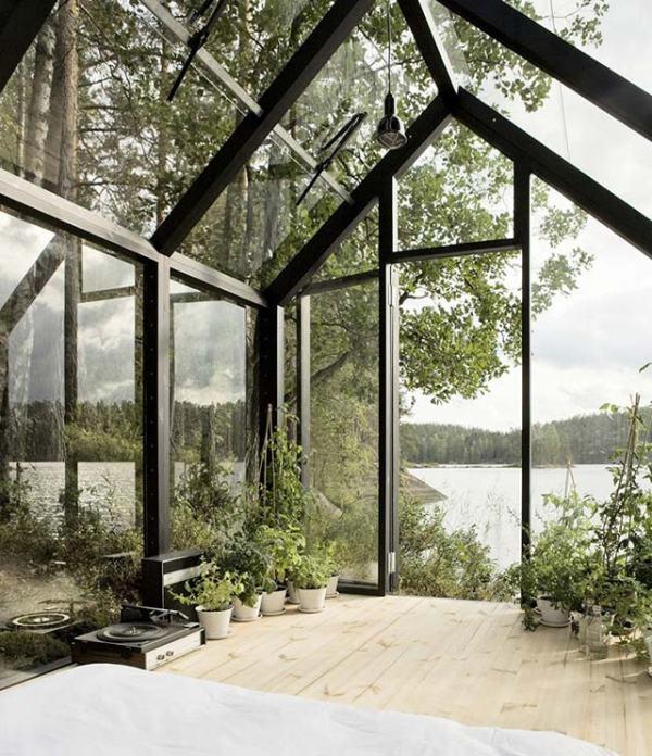 Фото №4: небольшой стеклянный дом