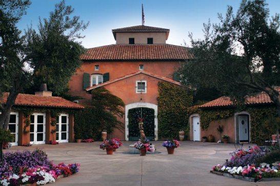 viansa-winery-marketplace-entrance