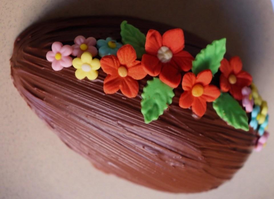 imagem casca de ovo de corte decorado