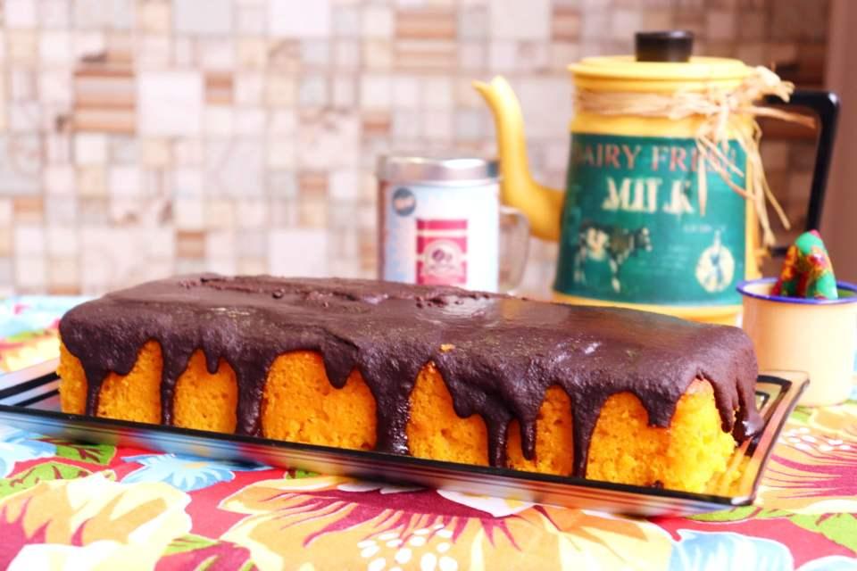 Imagem bolo de cenoura com cobertura crocante