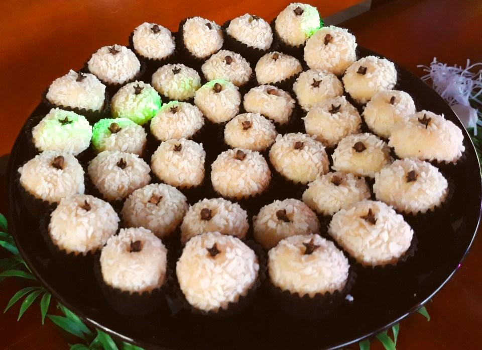 Imagem prato de doce beijinho
