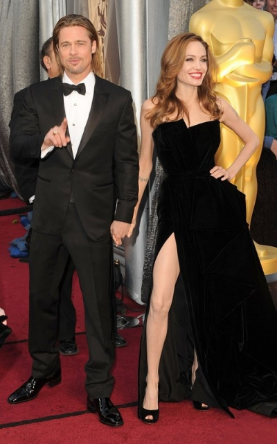 2012-02-27-16-19-59-4-a-picture-of-brad-pitt-and-angelina-jolie-at-the-8
