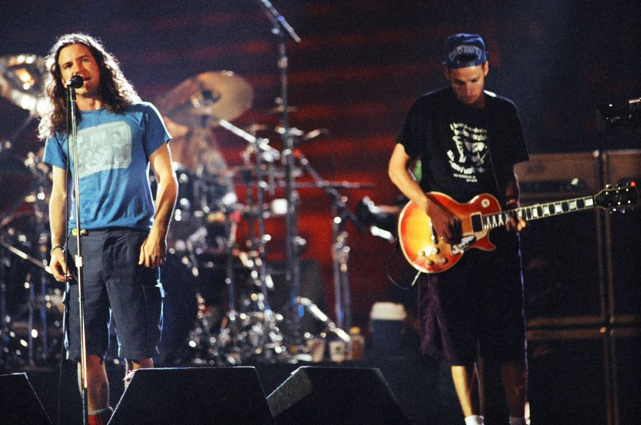 pearl-jam-mtv-unplugged-youtube-lanzamiento-completo-1-scaled.jpg