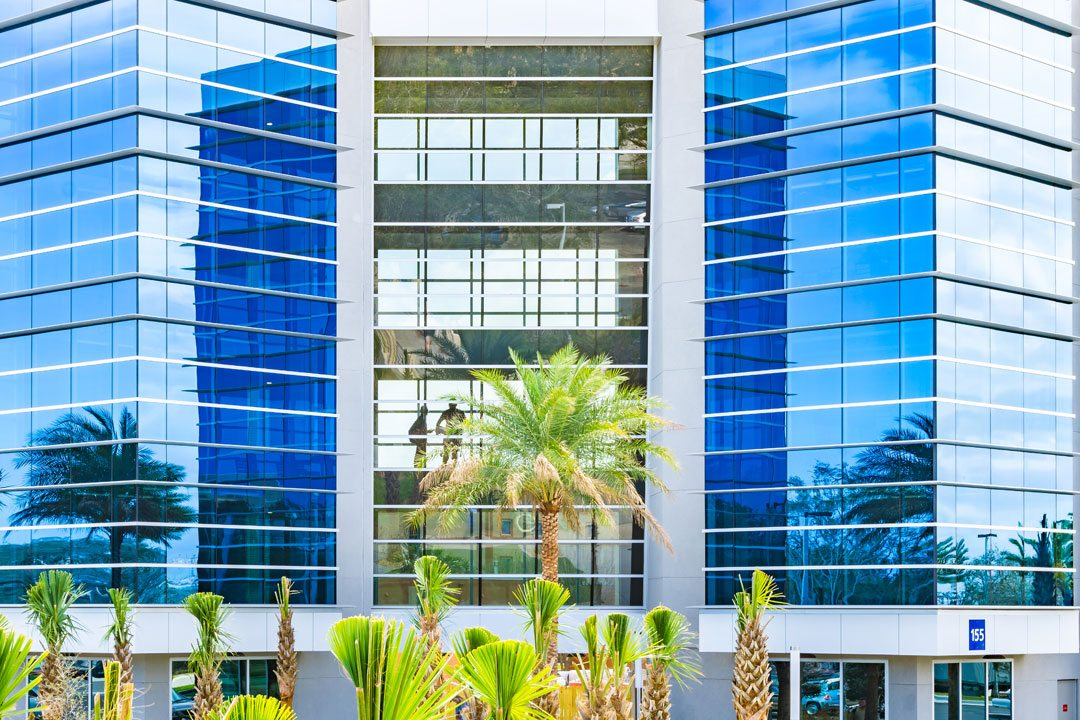 Embry-Riddle Aeronautical University, Daytona Beach campus, New Student Residence Hall. Tubelite Inc. provided window, curtainwall, storefront and entrance systems, and an airfoil fin. Photo: Charles LeRette Photography.