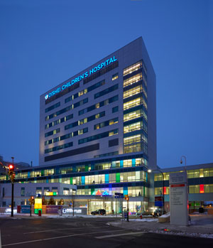 The John R. Oishei Children's Hospital in Buffalo is the only freestanding pediatric hospital in New York State and one of 43 nationwide. The 410,000 SF, 185-bed facility integrates into the Kaleida Health and Buffalo Niagara Medical Campus, as well as the University of Buffalo's new medical school, merging healthcare, research, and education. Architect: Shepley Bulfinch, Photo: Tim Wilkes