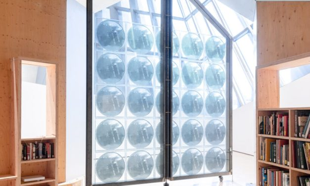 Sculptor uses Guardian Glass for MSU Broad exhibition