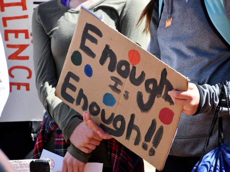 student-protesters-staging-a-walkout-march-due-to-school-shootings-and-gun-violence-real-people-human_t20_ro4EBw.jpg
