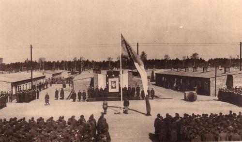 prisonniers de guerre place d'appel du camp de Sagan STALAG VIII C