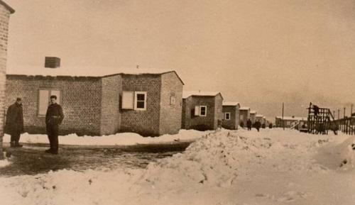 prisonniers de guerre stalag VIII C Sagan vue des baraques