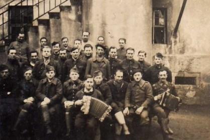 PRISONNIERS DE GUERRE FRANCAIS STALAG IVG