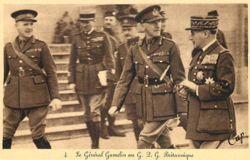LE GÉNÉRAL GAMELIN AU G. Q. G. BRITANNIQUE