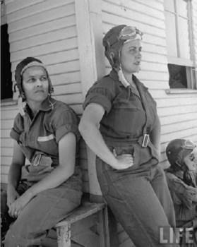 Pilotes Rebecca Edwards, Lorena Daly, sweetwater  July 43