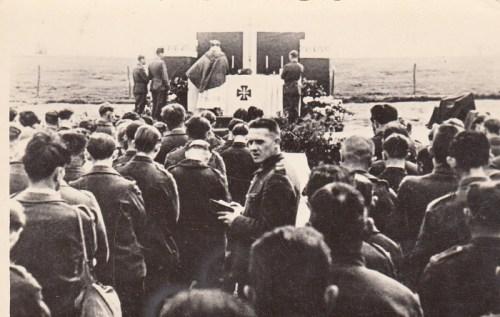 la fête de la Pentecôte 1942 au stalag VIII A