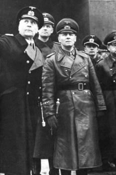Le Général Rommel inspecte le Mur de l'Atlantique