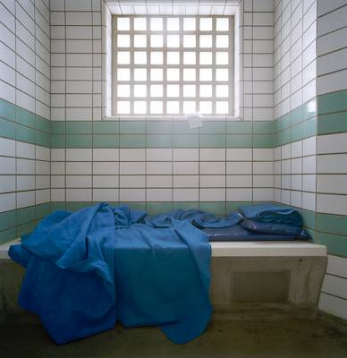 Holding cells, Metropolitan Police, Collingwood Road, Hillingdon, London. Richard Ross