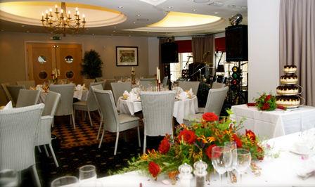 Queens Head Nassington Dining Room