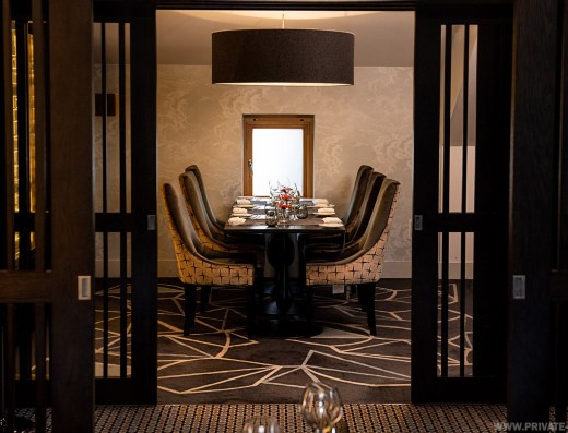 Black & White Granite Rooms Aberdeen 8 Guests - Private Dining