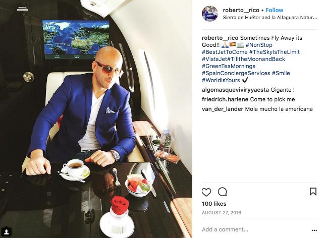 VistaJet private jet breakfast