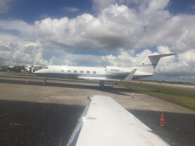 lunajets private jet rental