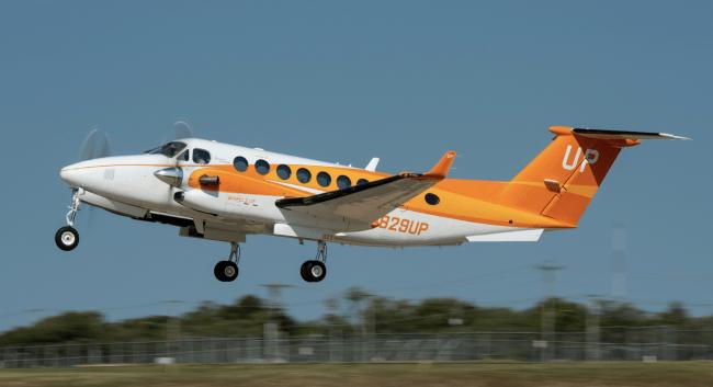 Wheels Up Feeding American Orange King Air 350i