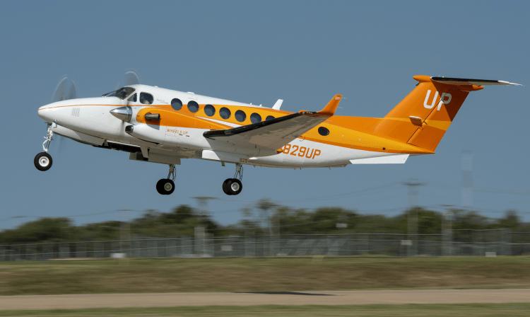 Wheels Up Orange King Air 350i