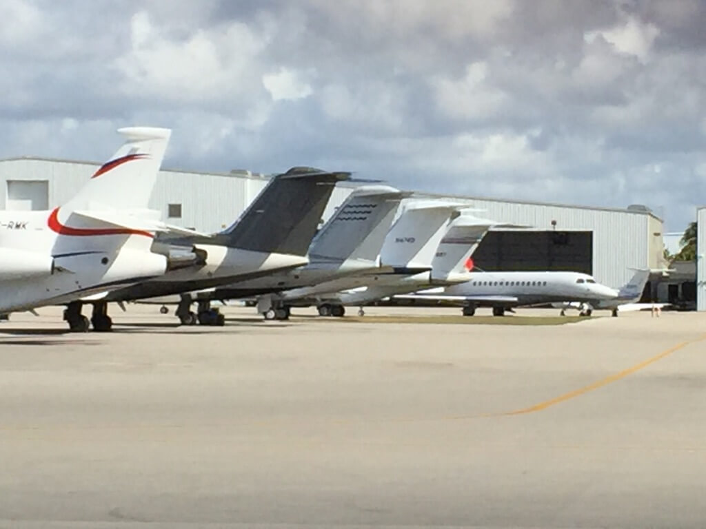 PRIVATE JETS ON GROUND