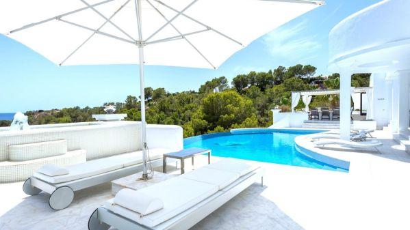 Top 5 Lux Villas in the world