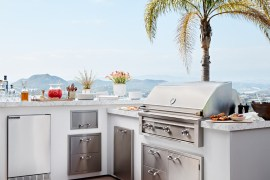10 High-End Grills for Summer Cookout