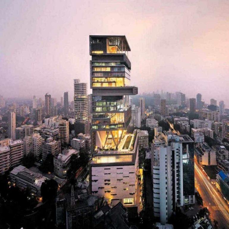 Antilia – Mumbai, India – 400,000 square feet