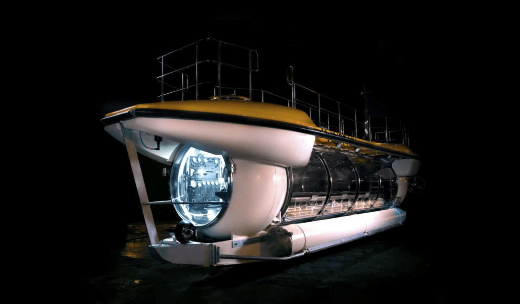 Triton's DeepView 24 is Perfect for Some Underwater Exploration