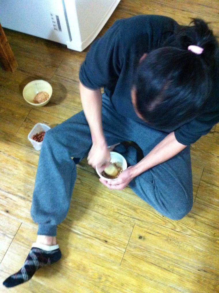 dinner - pad thai peanut prep: hard labor