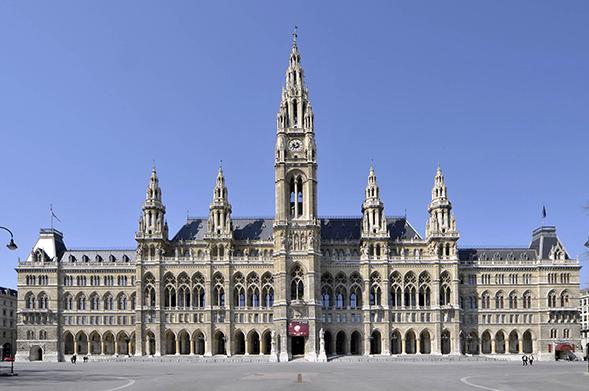 Wiener Rathaus - Panorama Mit Rathausplatz