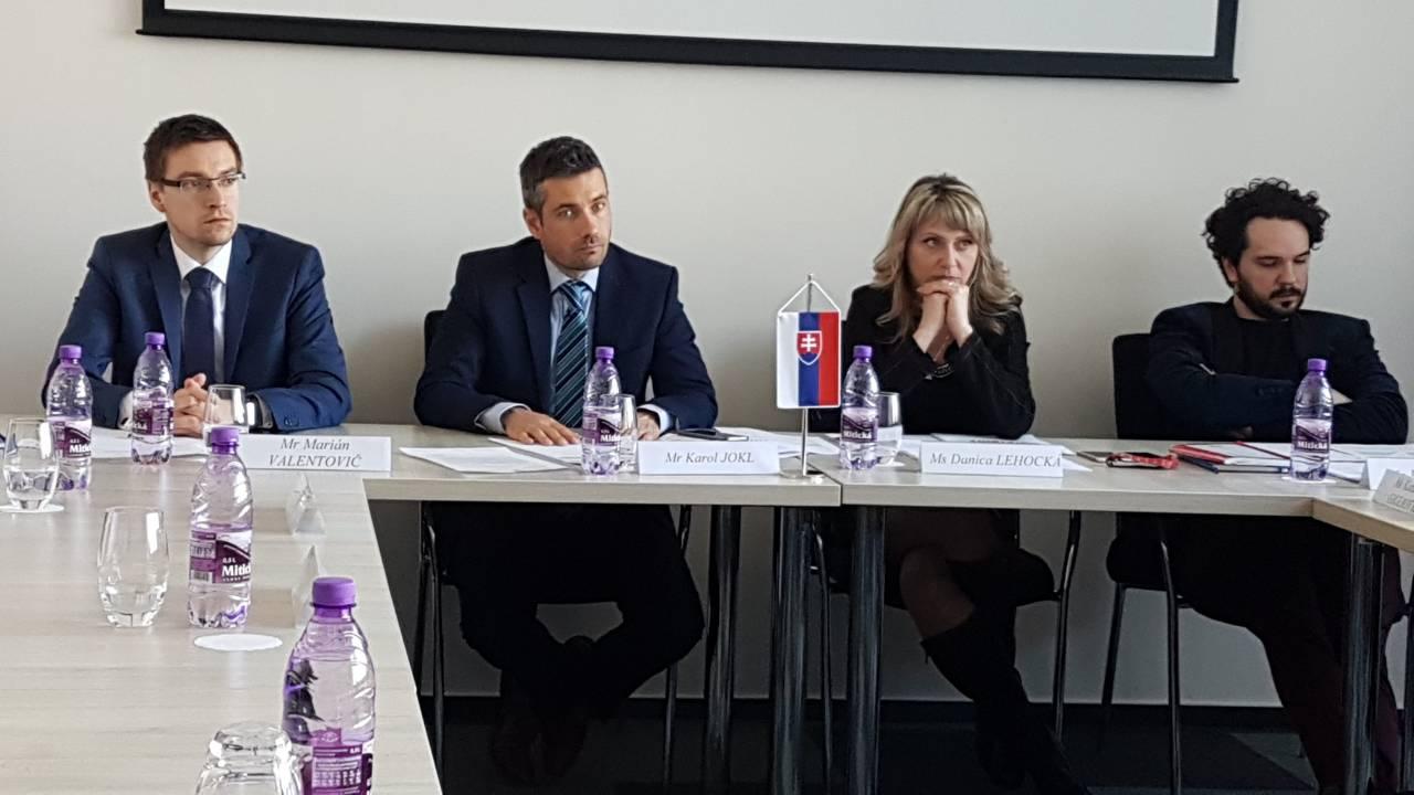 Slika Delegacija Slovacka