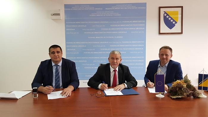 Potpisani Ugovori O Sufinansiranju Radova Za Projekte Utopljavanja Zgrada