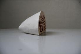 Cut Squid, 2013 Céramique, émaux 280 x 40 x 21 cm