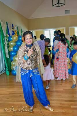 Bollywood Birthday Party hostess