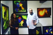 felicitatation-of-astrologer-priyanka-sawant-in-painting-exhibition-at-the-easel-art-gallery-juhu-7