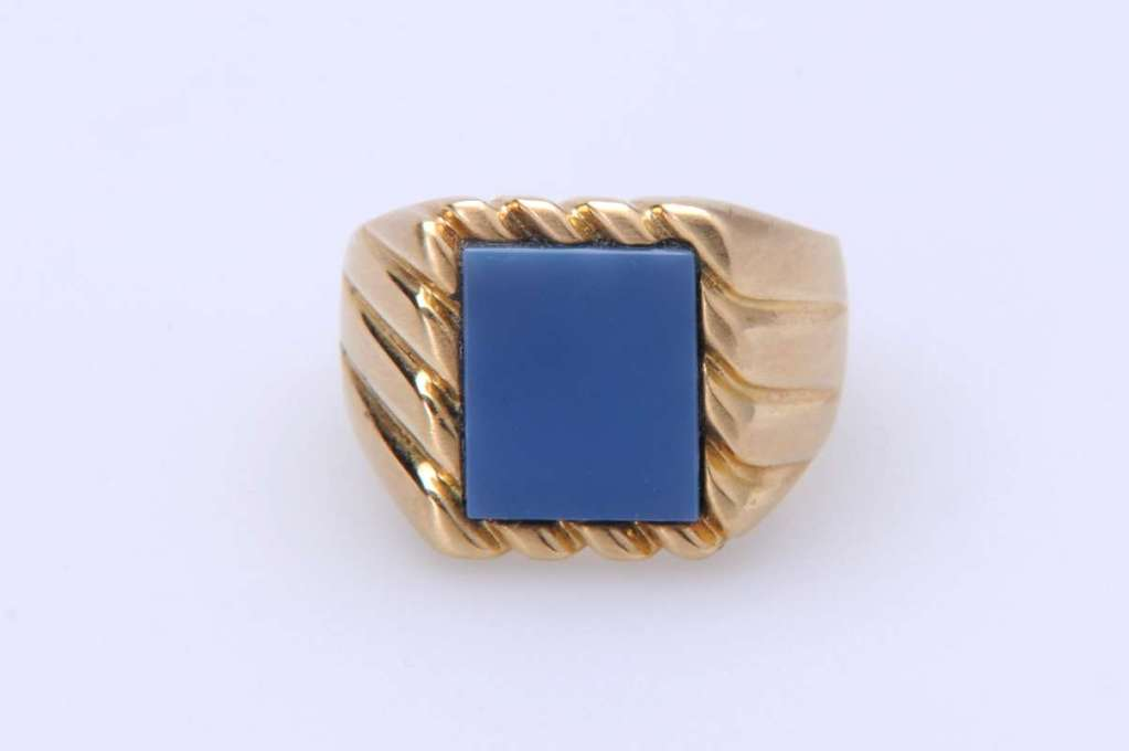 Siegelring Modell London in Gelbgold mit Lagenstein blau