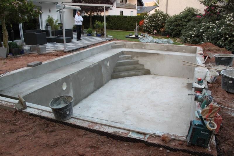 Pool Selber Bauen Beton Fliesen